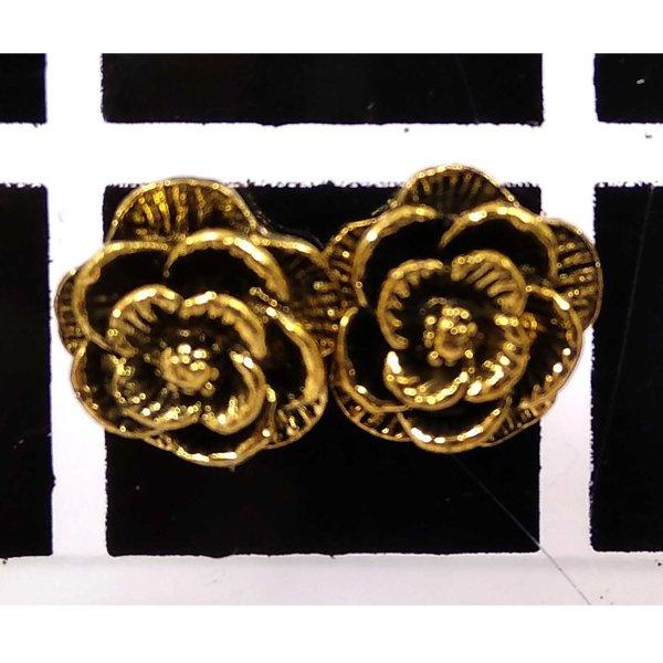 প্রাচীন গোলাপ ফুল ডিজাইনের টিনি টবস