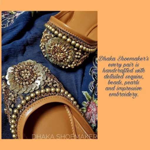 Trendy looking stylish navy custom design ladies nagra shoes